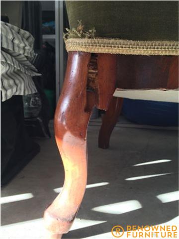 chipped leg